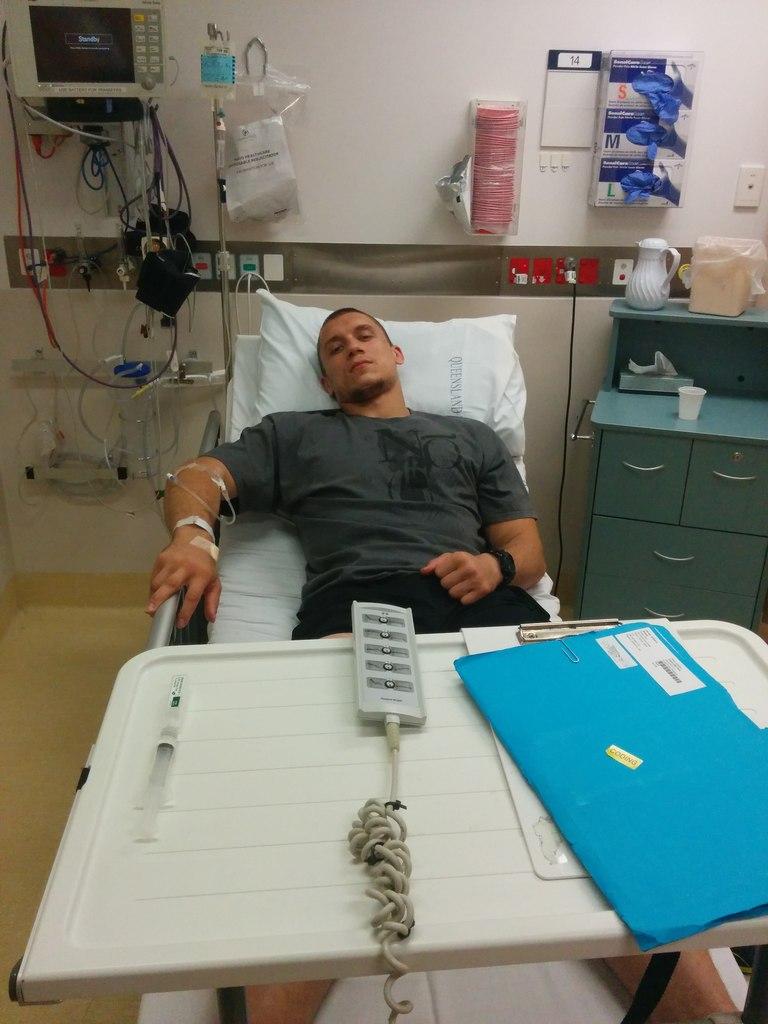 Павел Столяр в больнице