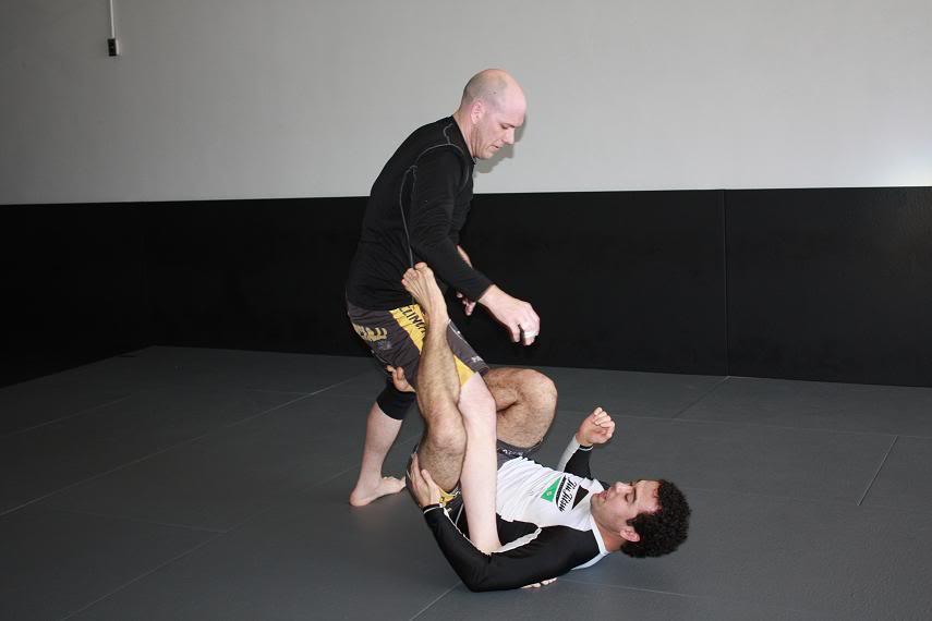1 leg x-guard
