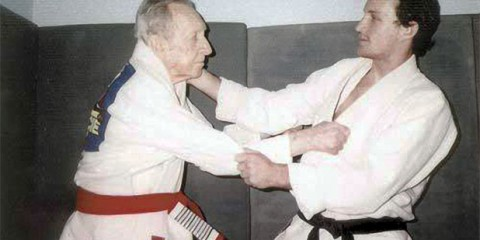 carlos-gracie-kimono-jiu-jitsu