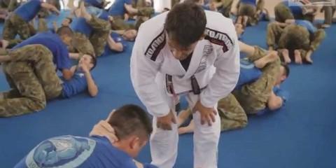 Австралийская армия тренирует джиу-джитсу