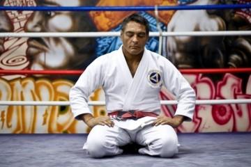 rickson-gracie-em-academia-no-rio-de-janeiro-ex-lutador-diz-ter-feito-mais-de-400-combates-sem-nunca-perder-1413581546134_956x500